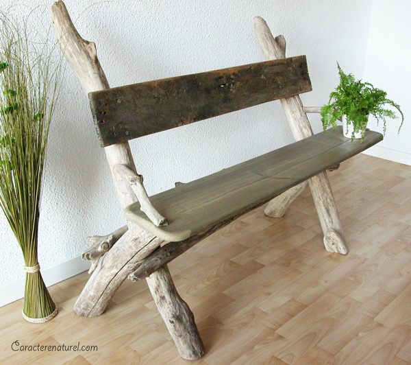 Caract re naturel banc en bois flott - Customiser un plateau en bois ...