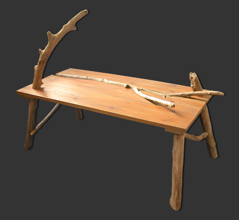 Caract re naturel table basse en bois flott for Console en bois flotte